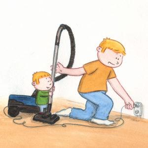 Bo holder støvsugeren mens pappa plugger i kontakten