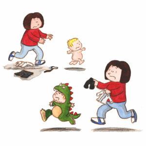 Mamma løper etter Bo for å få på han penklær