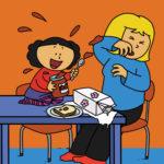 Katja søler over mamma ved spisebordet