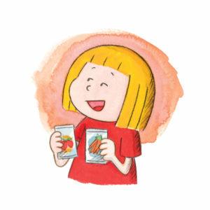 Mona smiler mens hun bytter om på to frøposer